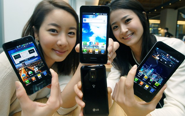 India's first dual-core phone - LG Optimus X2 price revealed!