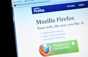 Firefox Bids Farewell To Google As Its Default Search Provider. Says Hi To Yahoo.