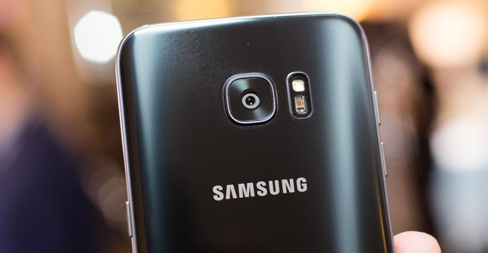 Samsung S7 image