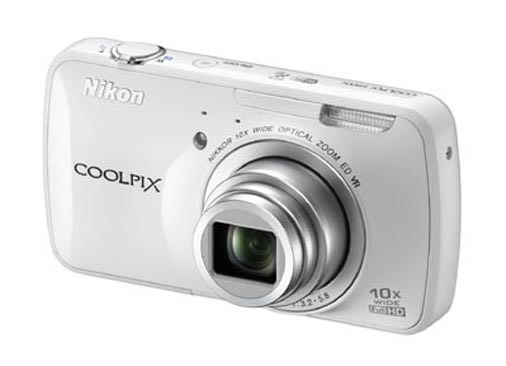 Android Powered Nikon Coolpix S800c Images / Details